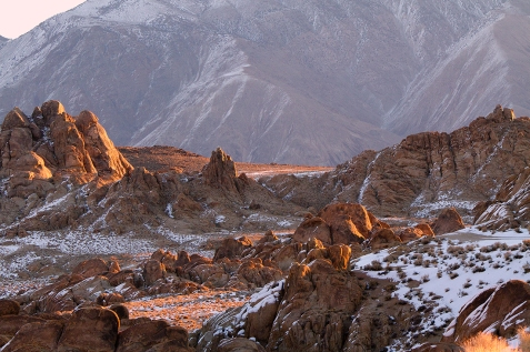 Sunrise-Alabama-Hills-and-Beyond